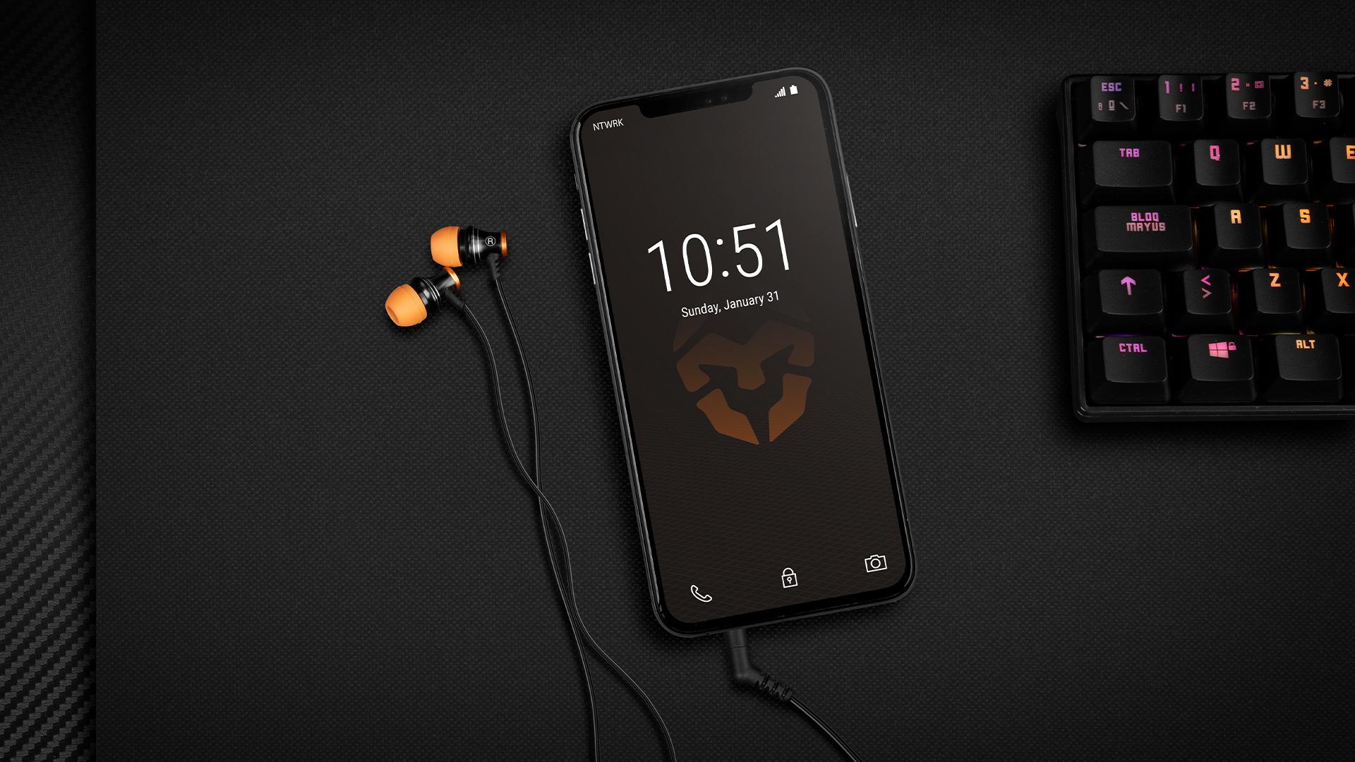Krom presenta Kinear unos auriculares in ear con micrófono integrado y control